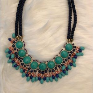 Jewelry - Beautiful statement necklace